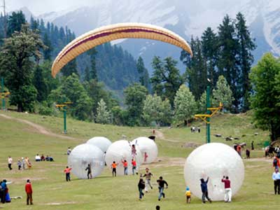 Manali Volvo Bus Tour Package