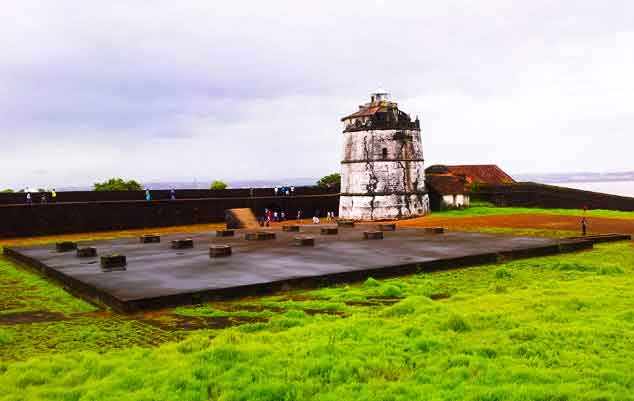 famous-Fort-Aguada